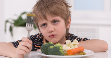 Nechce jesť vaše dieťa ovocie azeleninu? Vieme ako to zmeniť