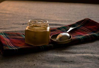 Med-tekuté zlato