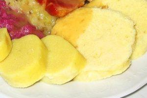 Bezlepková diéta: Zemiakovo-tvarohová knedľa