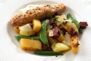 Rybacie filé dusené na miešanej zelenine