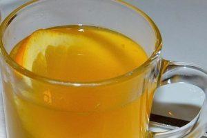 Horúca medová limonáda