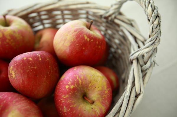 jablčník s karamelom