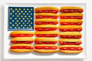 Národné vlajky krajín, vytvorené z jedla