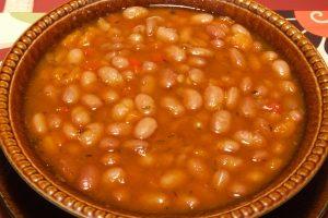 Pikantná fazuľová polievka