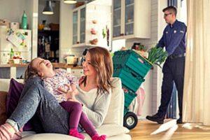Služba Tesco Potraviny domov bude počas leta lacnejšia