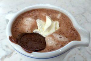 Horúca čokoláda so škoricou