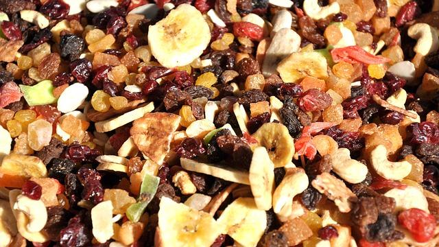 dried-fruit-700015_640