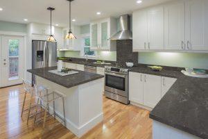 Pri dizajnovaní domácnosti stavte nakvalitné materiály