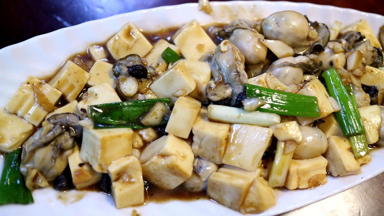 tofu s hubami a zeleninou