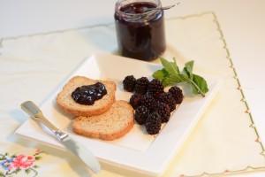 blackberries-844876_1280