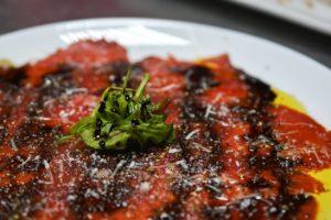 Pikantná paradajkovo-papriková omáčka