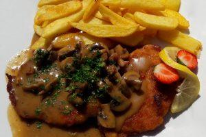 Tip na nedeľný obed: Kuracie mäso na hubách