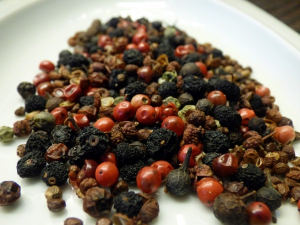 pepper-spices-peppercorns-sharp-green-pepper