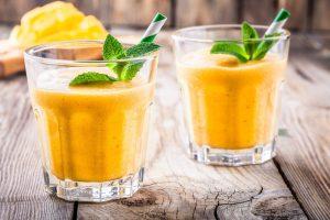Mangovo-banánové smoothie
