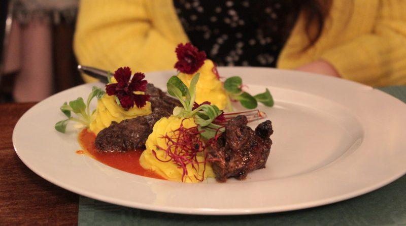 Zimný festival jedla v Camelote – gurmánske mäso v rytierskych priestoroch