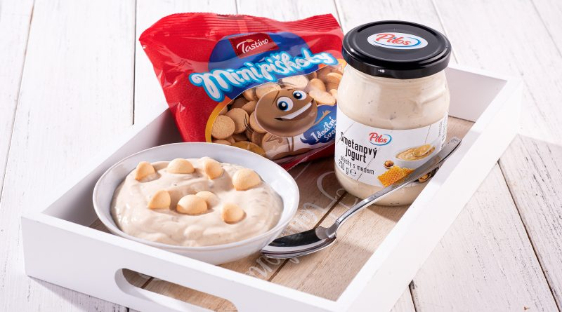 Pilos Smotanovy jogurt a minipiskoty (1) small