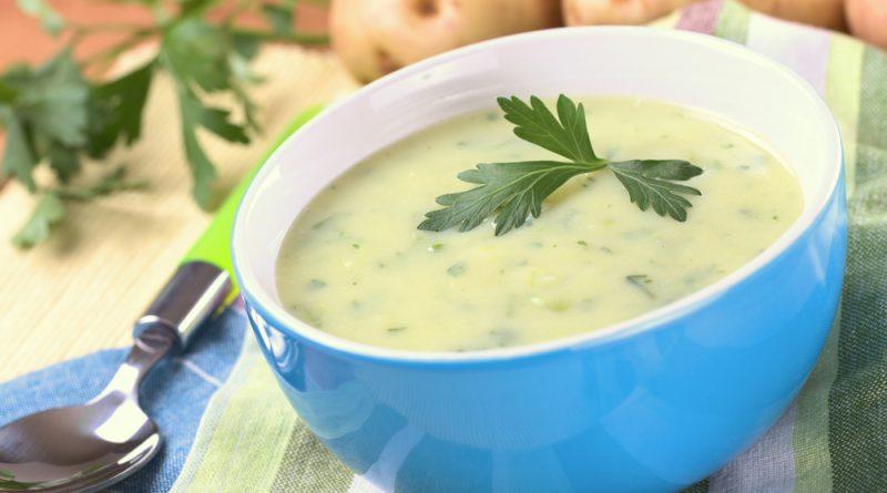 zemiaková polievka so zelenou fazuľkou