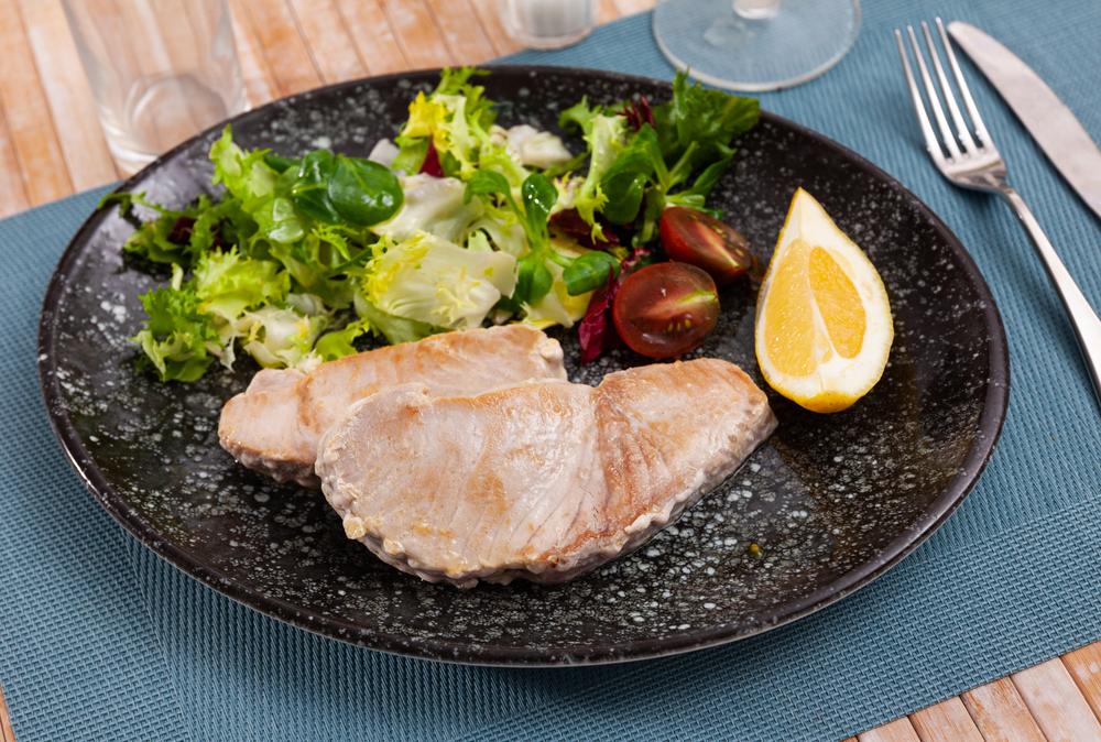 Marinovaný tuniak