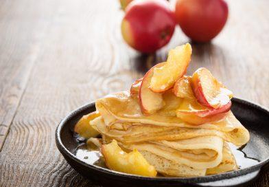 palacinky s karamelovými jablkami