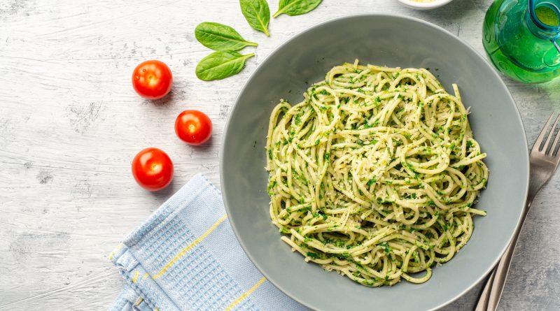 špenátové špagety